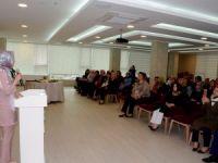 """Meram Kadın Meclisi'nden """"Sağlıklı Beslenme"""" semineri"""
