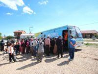 Beyşehir'de Mobil Giyim Bankası Bayram Yardımı İçin Yollarda