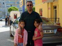 Başkan Hançerli Türkmen ailesini yeni yuvasında ziyaret etti