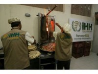 Kuşatma altındaki Doğu Guta'da iftar