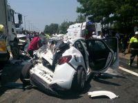 TEM Otoyolu'nda Zincirleme Kaza! Otobüs, Kamyon ve Otomobiller Birbirine Girdi