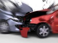 Antalya'da iki otomobil kafa kafaya çarpıştı: 4 ölü