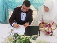 Fatma Zehra ve Akif evlendiler