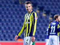 Fenerbahçe'de Robin Van Persie şoku
