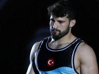 Başar Dünya Güreş Şampiyonası'nda finale yükseldi