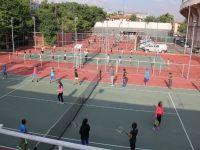 Tenis Kortlar Cıvıl Cıvıl