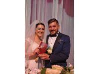 Betül ile İsa Gökhan evlendiler