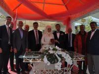 Mehmet Yavuz oğlunu evlendirdi