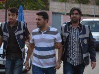 Meslekten ihraç edilen 17 öğretmene FETÖ gözaltısı