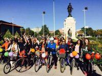"""""""Süslü Kadınlar Bisiklet Turu"""" Konya'da"""
