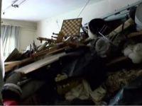 Cihangir'de 20 tonluk çöp ev bulundu