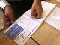 Irak'ta oy kullanan Kürt memurların görevden alınması talebiyle gösteri
