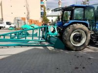 Sulama birliğinden çiftçilere makine desteği