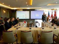 Genelkurmay Başkanı Akar, Azerbaycan Savunma Bakanı ile görüştü