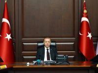 """Erdoğan'dan uyarı: """"Televizyondan izliyorum sizi salonda göremiyorum!"""""""