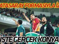 Hakan Karaoğlu Galatasaray formasıyla Konyaspor tribünlerinde