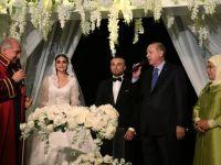 Cumhurbaşkanı Erdoğan, Gökhan Töre'nin nikah şahidi oldu!