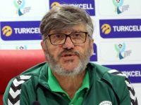 Konyaspor Reşit Akçay ile yollarını ayırdı