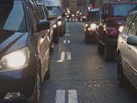 Singapur'da yeni otomobillerin trafiğe çıkışına izin yok