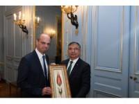 Milli Eğitim Bakanı Yılmaz Fransa'da