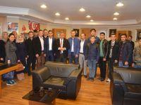Gençler Başkan Özgüven'i Ziyaret Etti