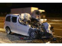 Başkentte otomobil kamyona çarptı: 1 ölü
