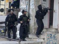 İsrail askerleri Filistinli kuyumcunun mallarına el koydu
