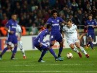Atiker Konyaspor tur şansını zora soktu