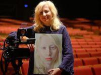 Albinizmi 'Kar Taneleri'yle anlattı, Hindistan'dan ödülle döndü