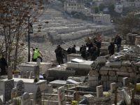 İşgalci İsrail'den tarihi Müslüman mezarlığına baskın...