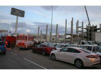 GÜNCELLEME - İzmir'de inşaatta kaza: 1 ölü, 1 yaralı
