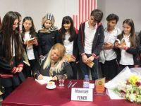 Yazar Mavisel Yener, öğrencilerle buluştu