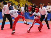 Okullararası kick boks müsabakaları yapıldı