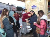 Seydişehir Belediyesi'nden Sıcak Sahlep İkramı