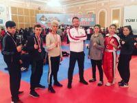 Kick Boksta 2 altın 2 bronz madalya