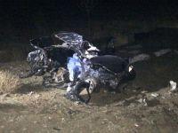 Konya'da Otomobil Köpeğe Çarpıp Tır ile Çarpıştı: 2 Ölü