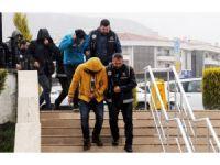 FETÖ üyelerini yurt dışına kaçıran şebekeye operasyon