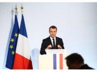 """Macron: """"Saldırı kimyasal tesislere yapıldı"""""""