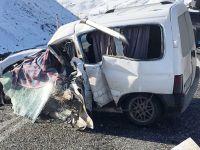 Muş'ta feci kaza: 2 ölü, 4 yaralı