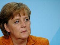 Merkel'e Türkiye eleştirisi