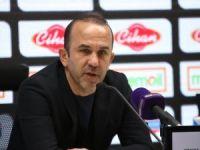 Mehmet Özdilek: Mücadeleye devam etmek zorunda Konyaspor