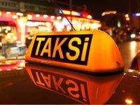 Sinirlenen taksici dehşet saçtı! /VİDEO