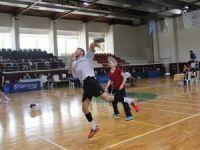 Bedensel Engelliler Badminton'da Konya rüzgârı