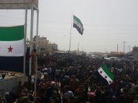 YPG kontrolündeki Tel Rıfat halkı sokaklara döküldü... / VİDEO