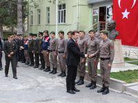 Cıdıroğlu'nun İlçe Jandarma Komutanlığı ziyareti
