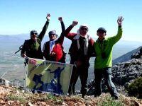 Dağcılar Küpe Dağı'na tırmandı