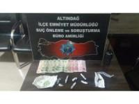 Gençleri zehirleyen sokak satıcıları suçüstü yakalandı