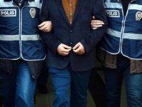 FETÖ'cüleri yurt dışına kaçıran 2 kişiye tutuklama