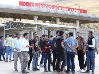 Cilvegözü'nden 3,5 ayda yaklaşık 10 bin Suriyeli ülkesine döndü
