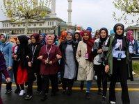 Meram'da ilk öğrenci kafilesi Ankara'ya gitti